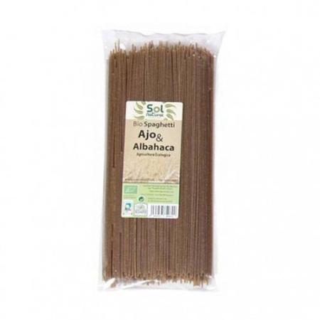 spaghetti ajo y albahaca
